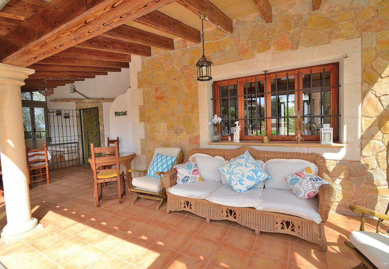 Finca Mallorca con piscina para 8 personas