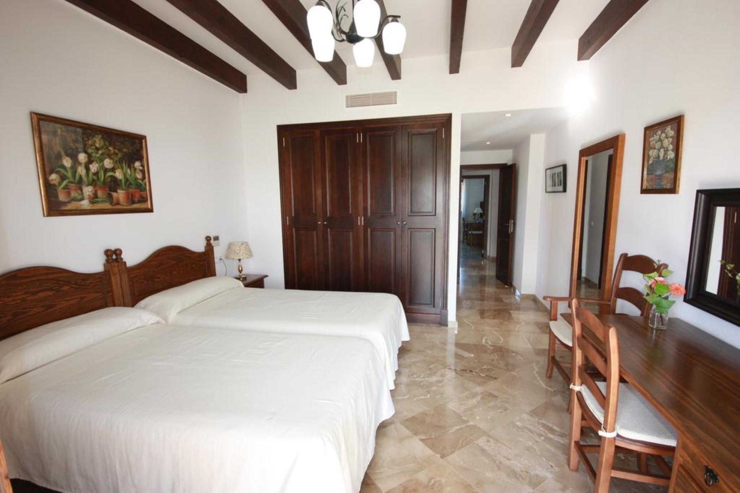 Dormitorios Mallorca.Finca En Petra El Palmeral