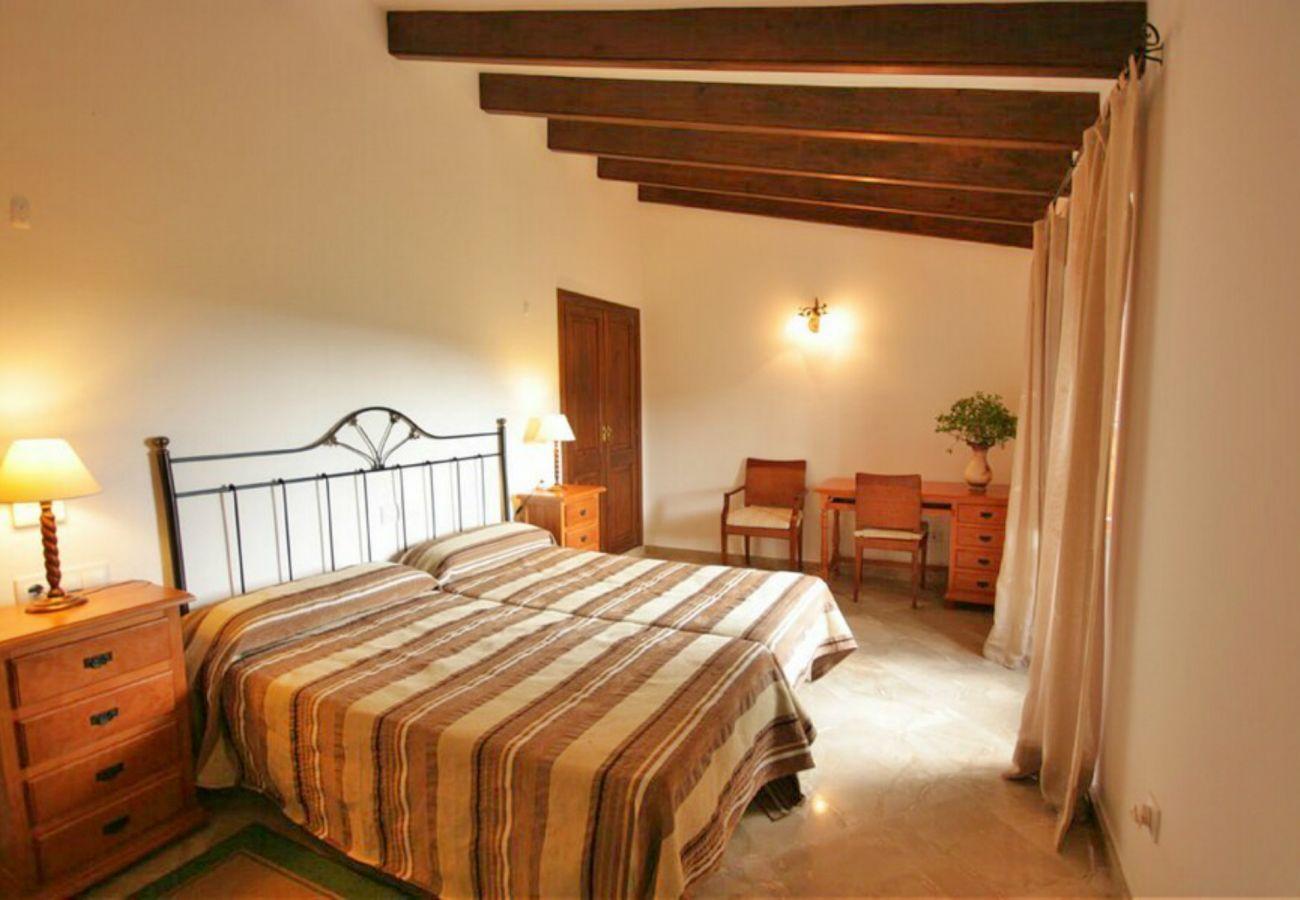 Dormitorio para 2 personas de la finca en Petra
