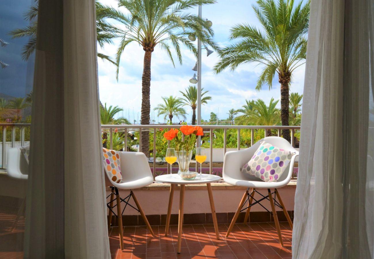 Foto de la terraza del apartamento en Puerto Alcudia