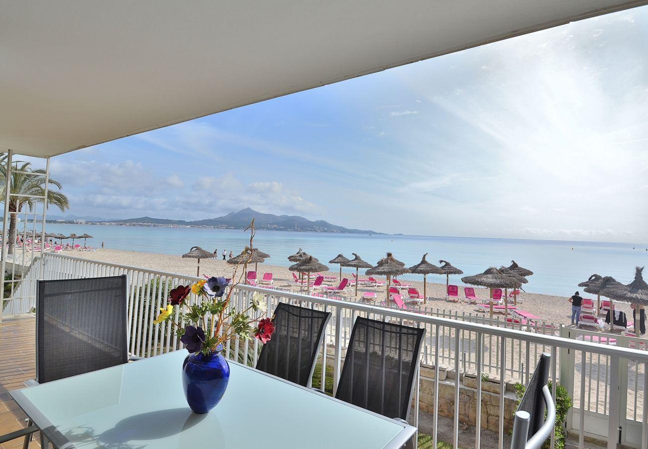 Vista del mar desde el apartamento en Puerto Alcudia