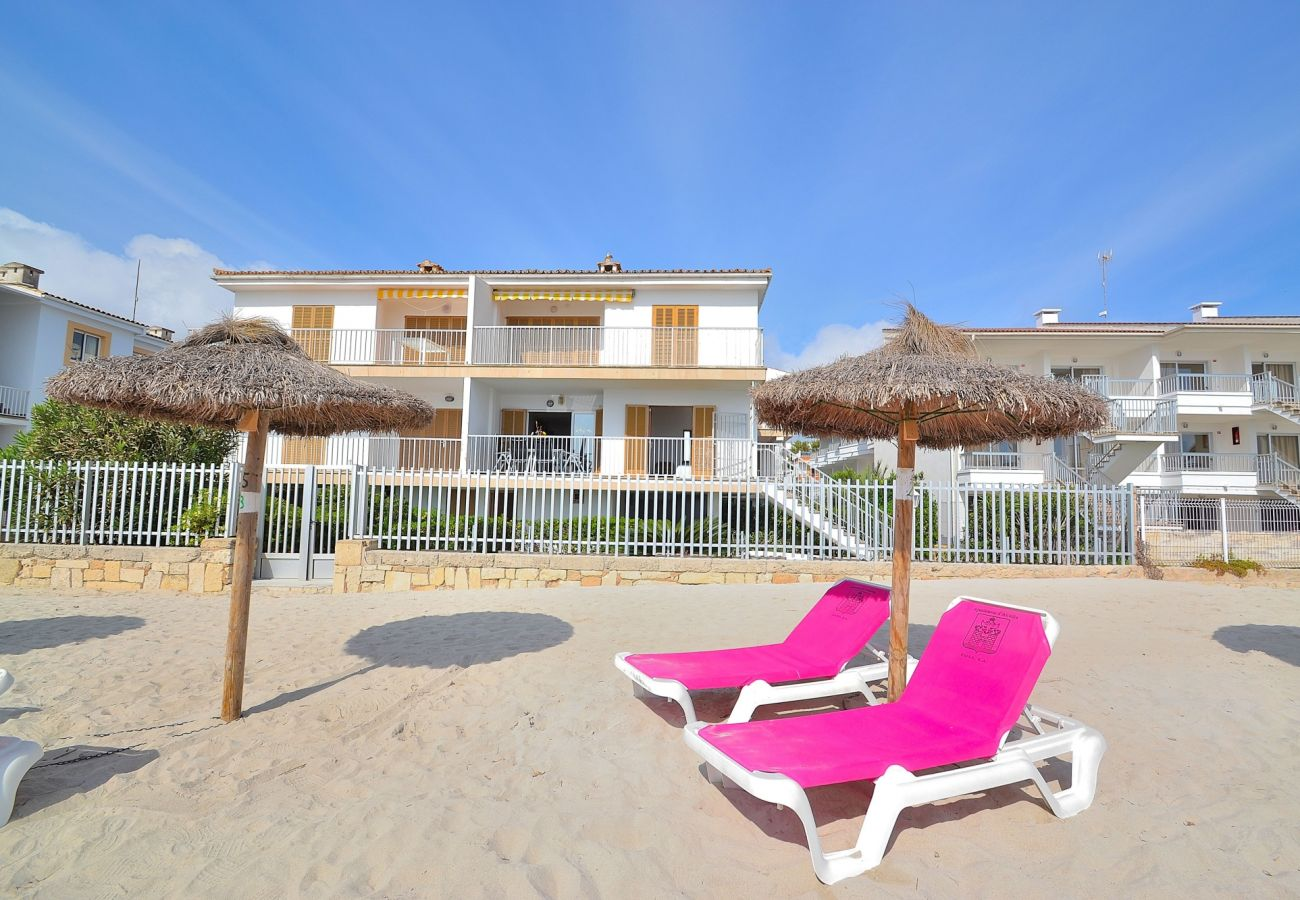 La playa de Alcudia esta muy cerca del apartamento