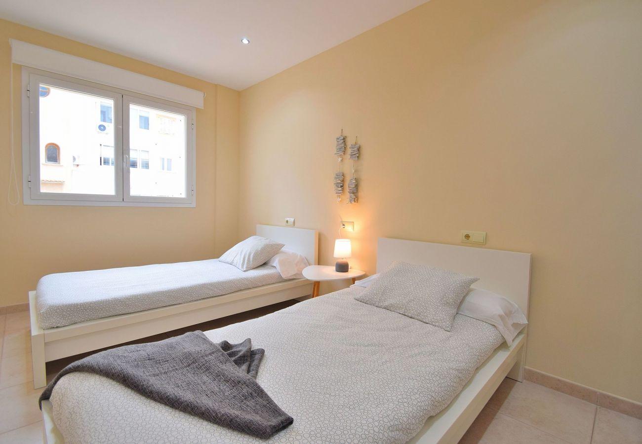 Dormitorio del chalet en Can Picafort cerca de la playa