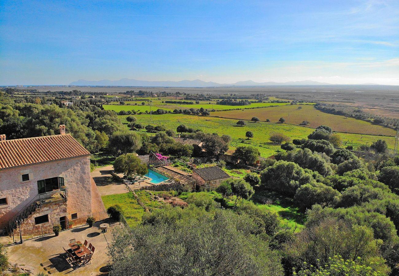 Foto aerea de la zona donde esta la villa de Alcudia