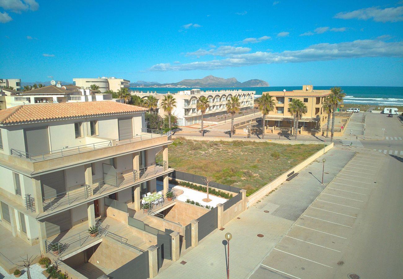 Foto aerea de la villa en Can Picafort Mallorca