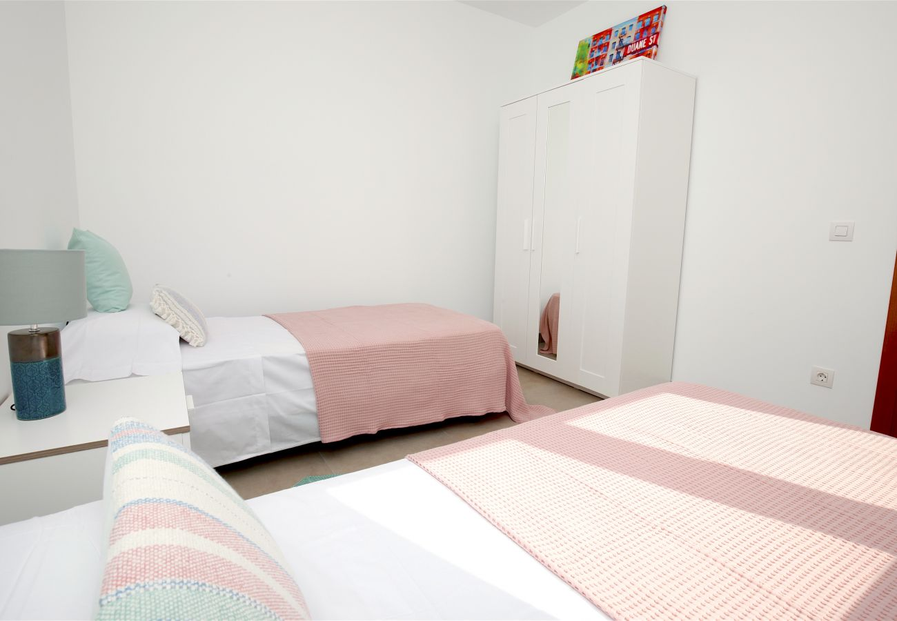 Apartamento en S´Estanyol - Familiar apartamento frente al mar