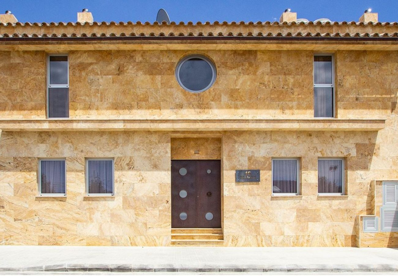 """Villa en Palma de Mallorca - Villa """"Rainbow"""" Palma 501"""