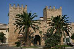 Alcudia-Mallorcacharme-768x480