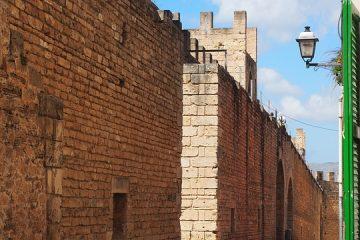 Alcudia Mauer Sehenswürdigkeiten