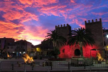 Alcudia Altstadt am Abend