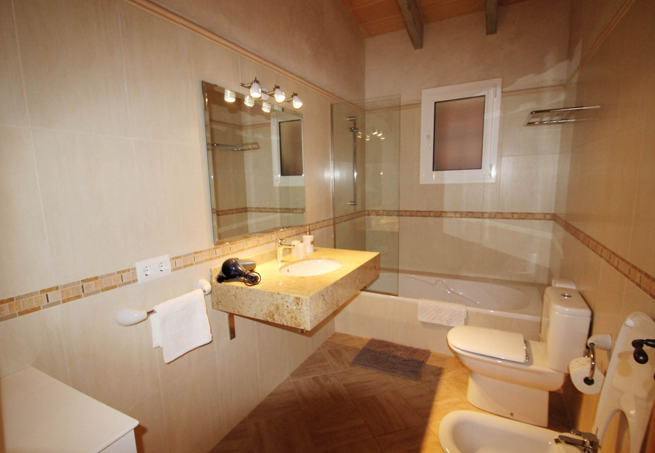 Landhaus in Felanitx - Finca Can Roca - Rural - AirConditioner - WiFi