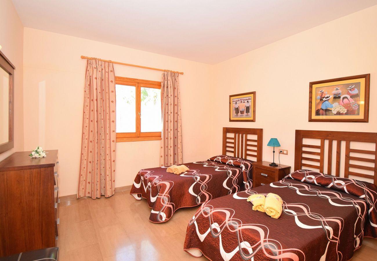 Ferienhaus in Sa Pobla - Romana, Sa Pobla Villa 036