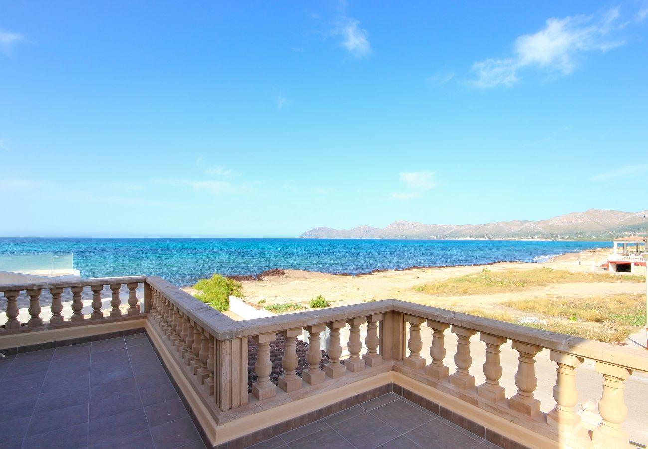 Das Ferienhaus hat einen atemberaubenden Meerblick