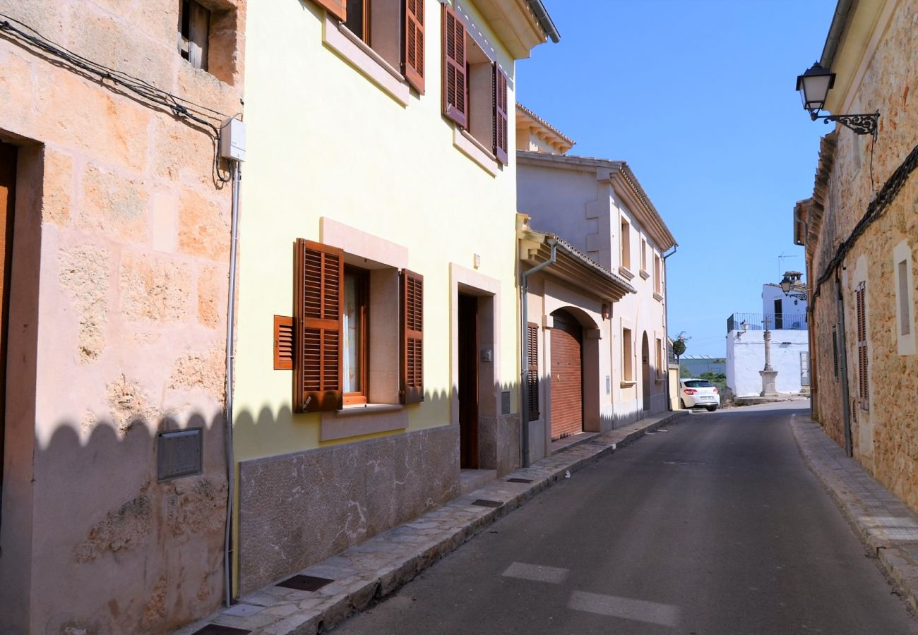 Ferienhaus in Muro - Cas Padri casa de pueblo en Muro 130