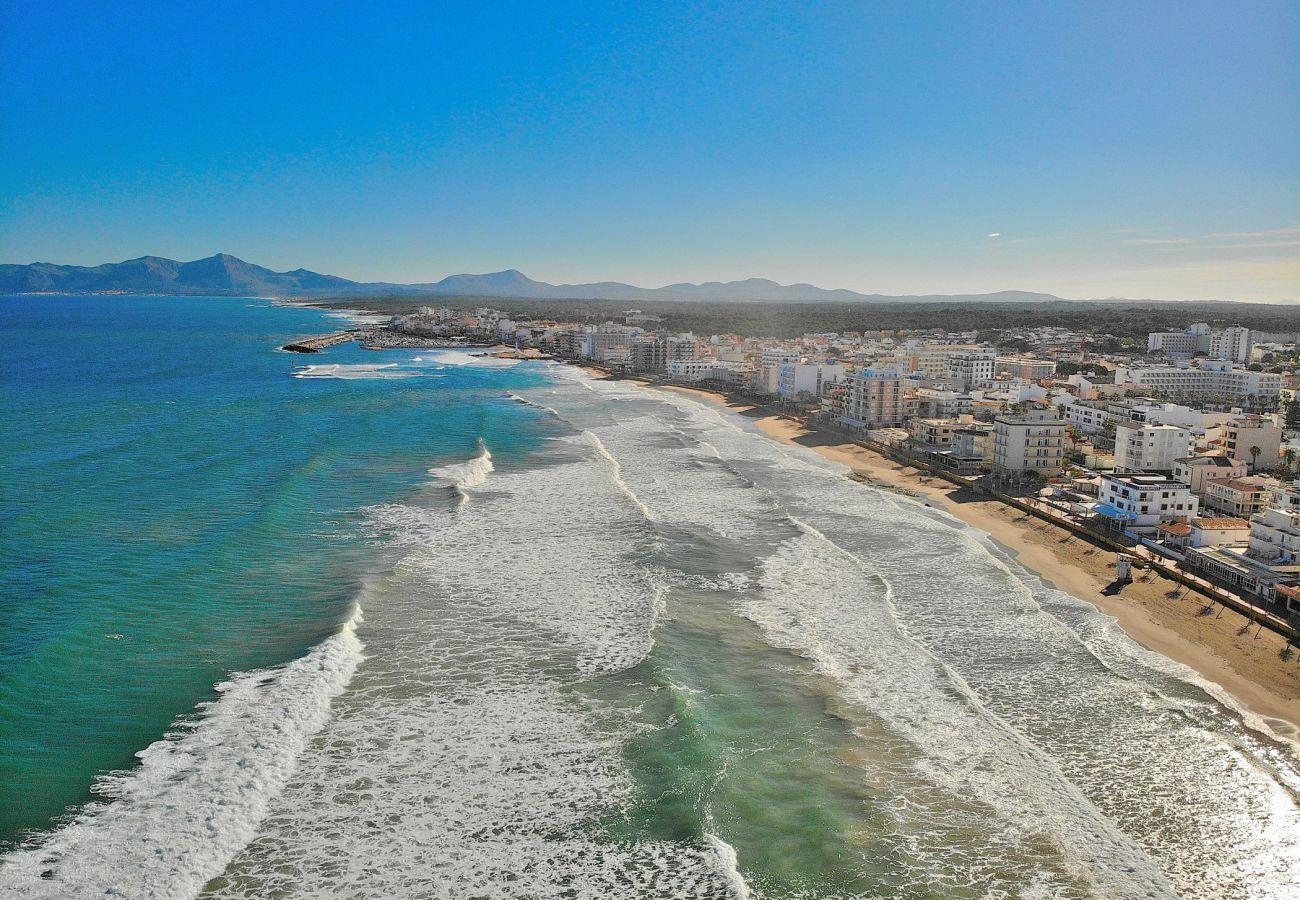 Luftbild des Strandes von Can Picafort