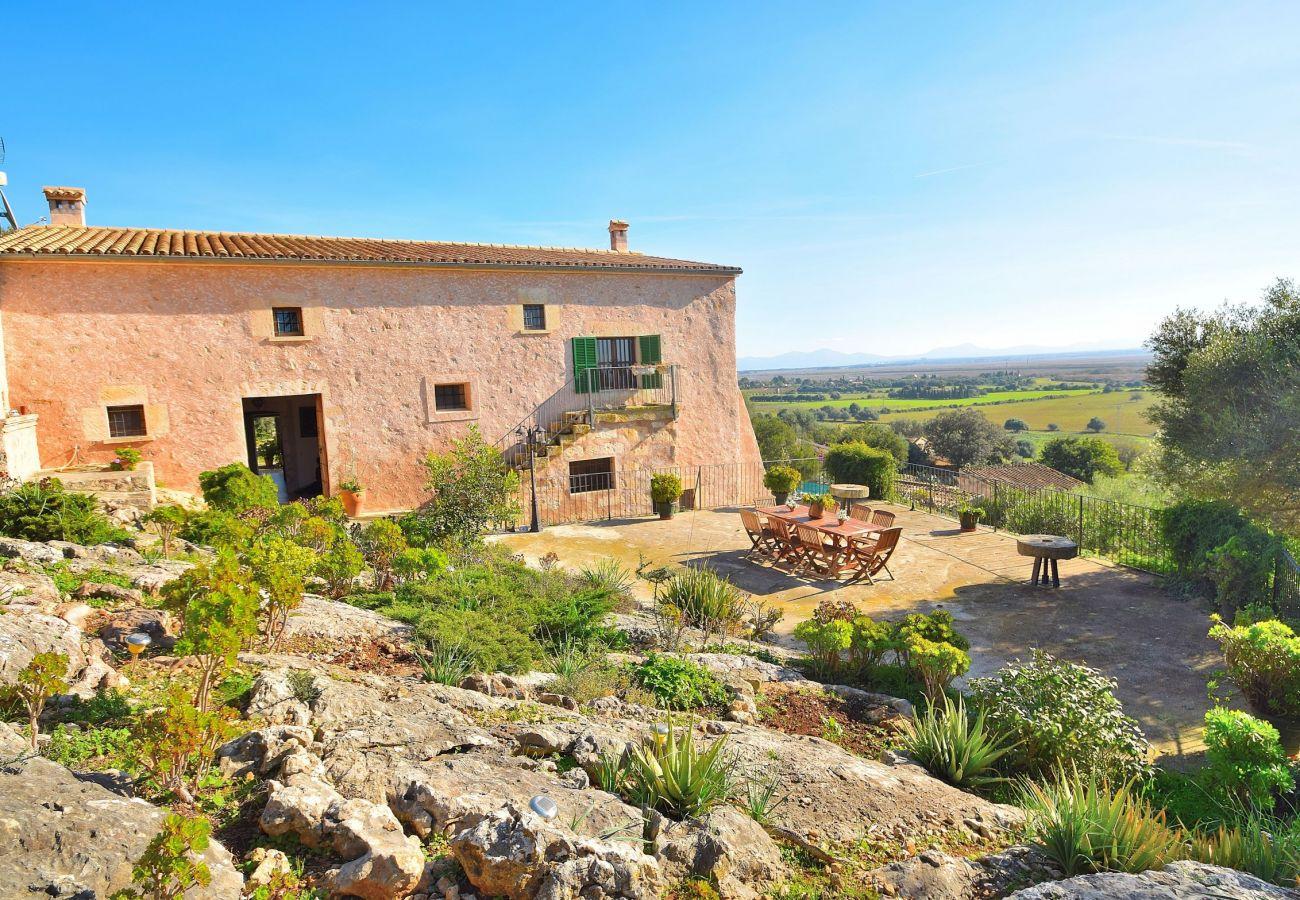 Spektakuläres Foto der Finca in Alcudia