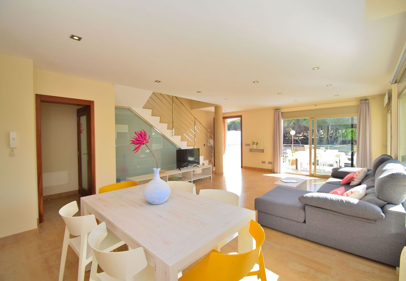 Wohnzimmer der luxus Finca Mallorca Can Picafort