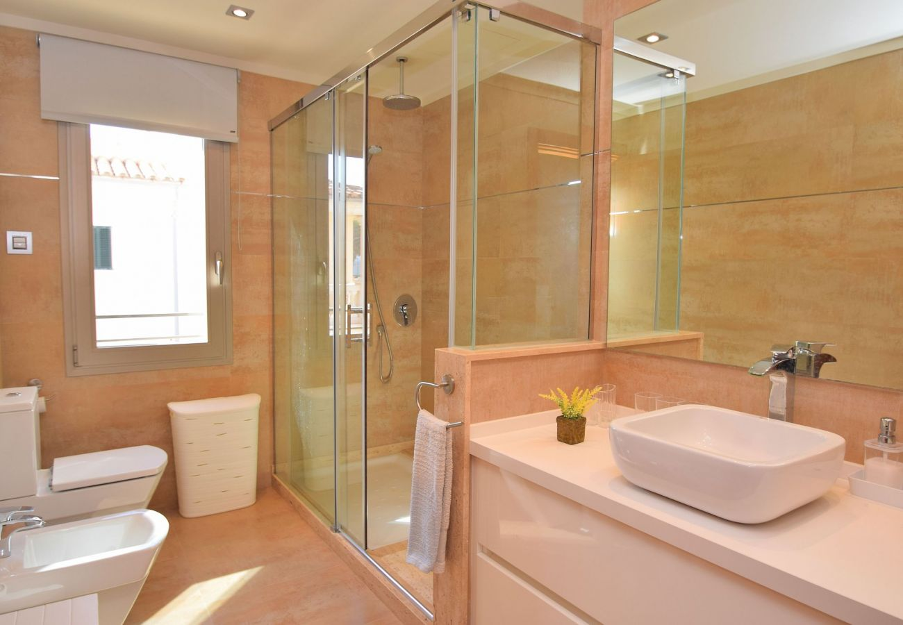 Luxusfinca Badezimmer auf Mallorca can picafort