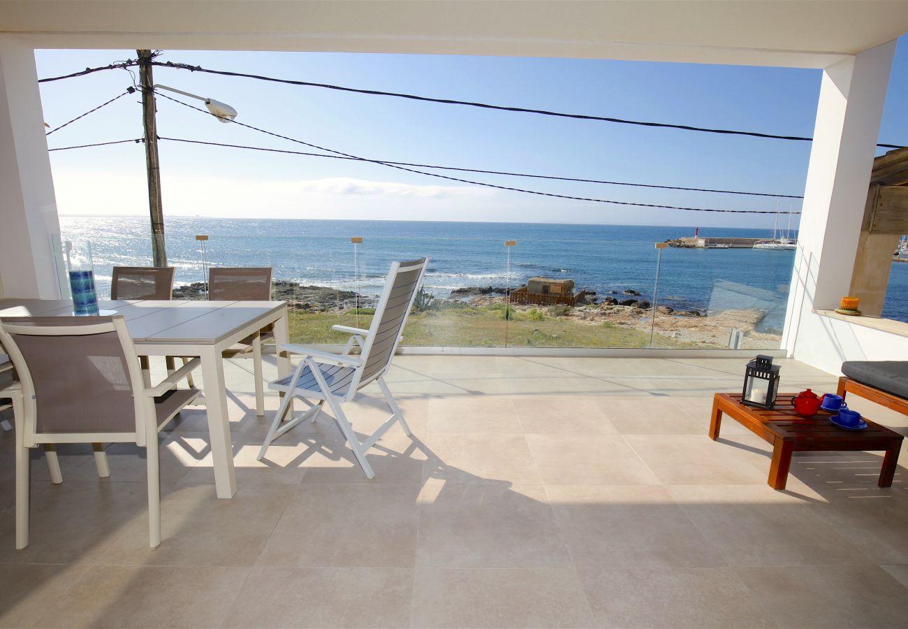 Ferienwohnung in S´Estanyol - Familiar apartamento frente al mar