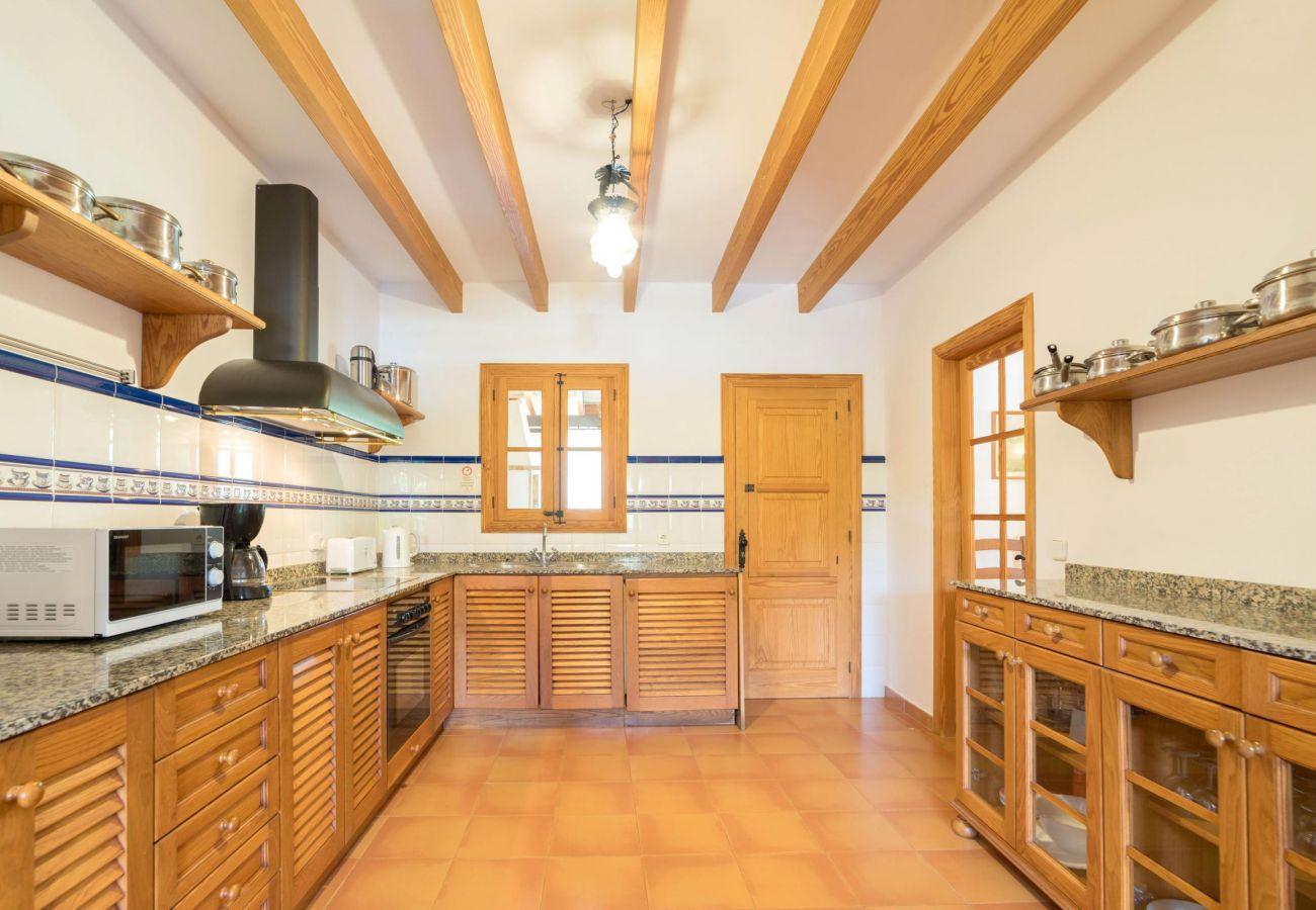 Country house in Pollensa / Pollença - ESTERN (ETV/1438) ref. VP01
