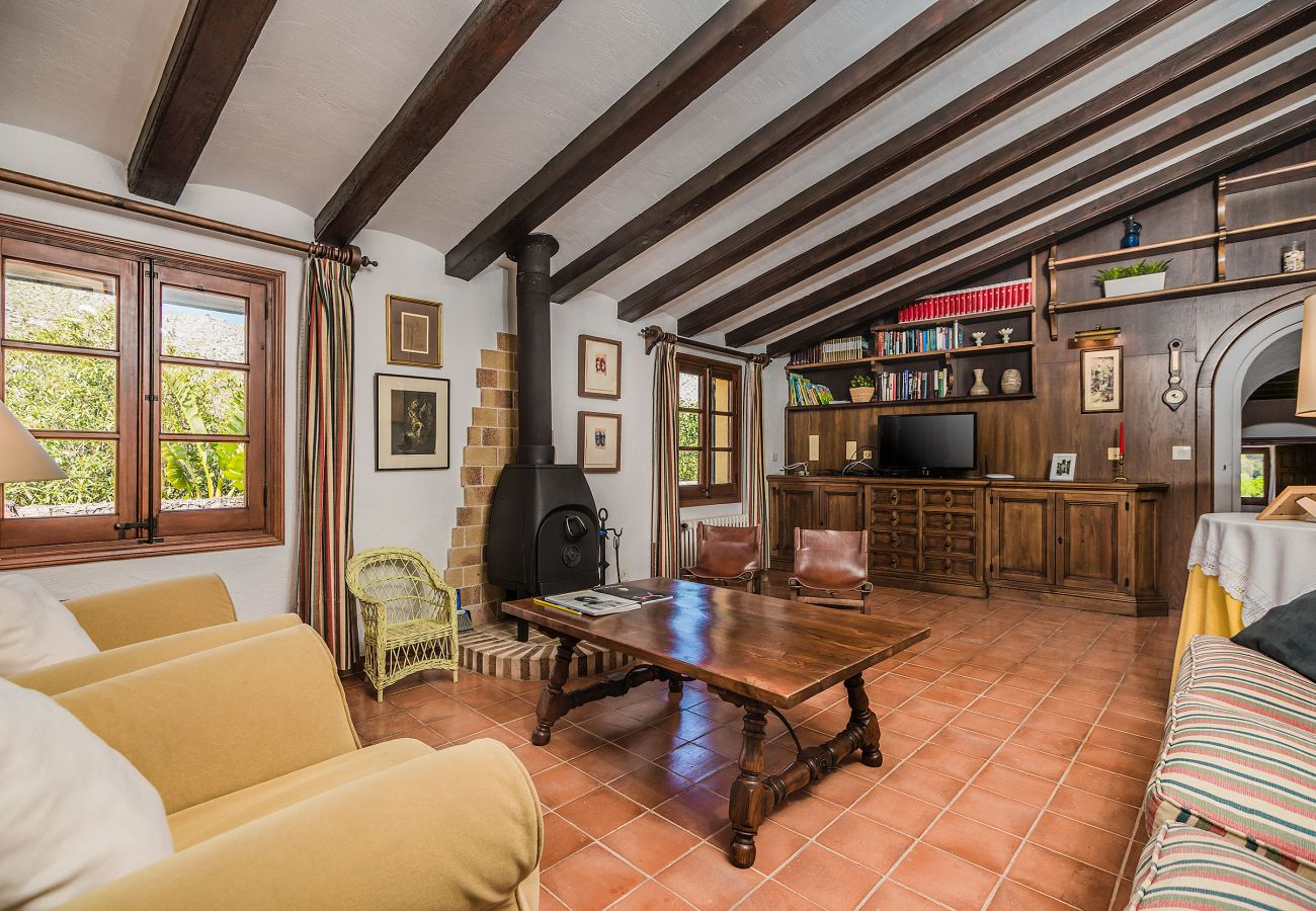 Country house in Pollensa / Pollença - CAN GIRO (ETV/689) Ref. VP85