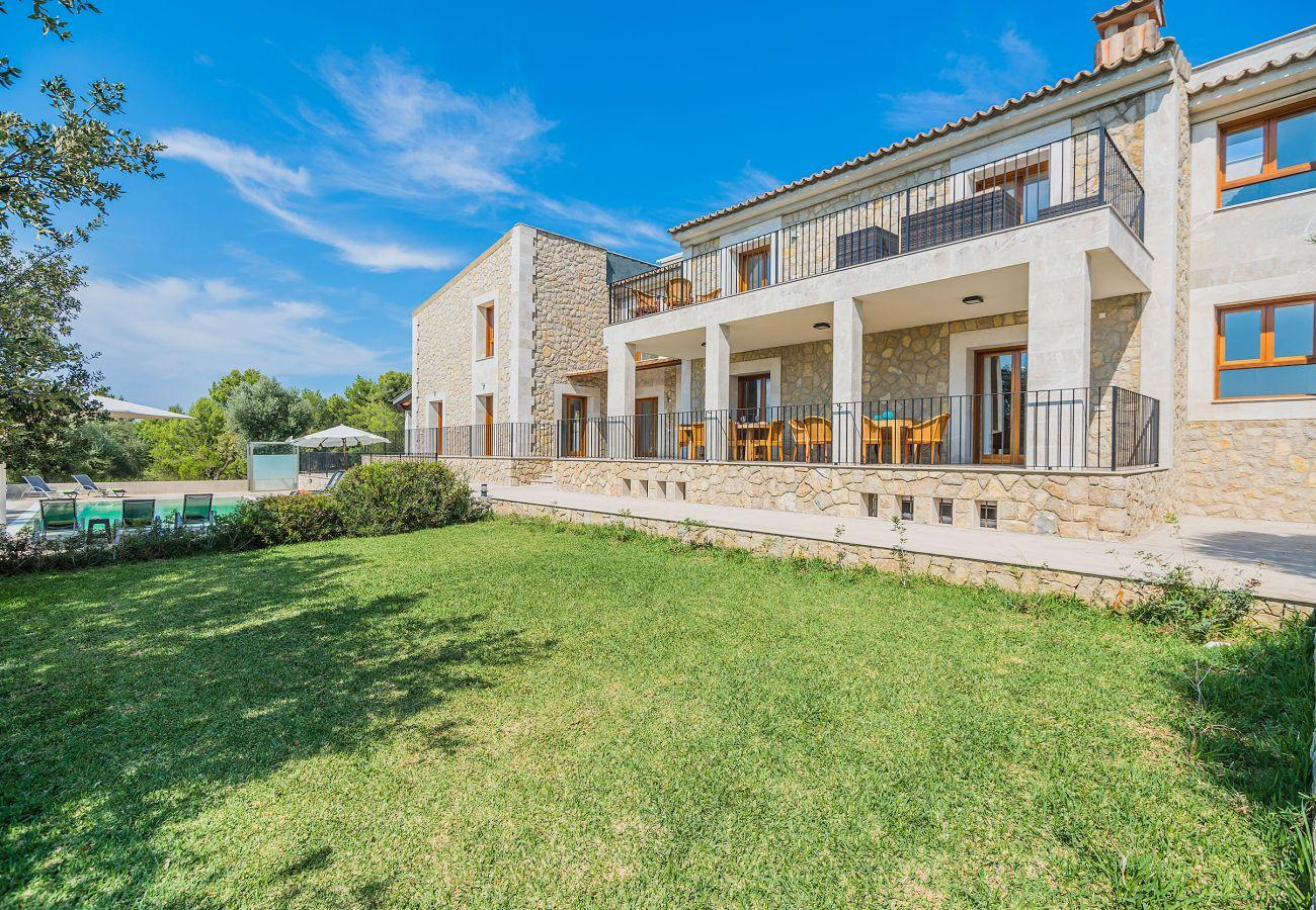 Villa in Alcudia - VILLA SALOU (DRIAT 1872/2017) Ref. ALC21