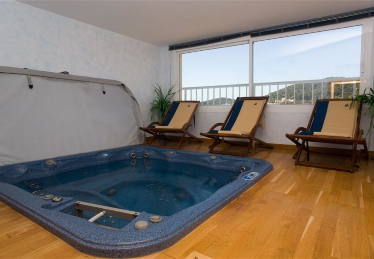 vMallorca holiday apartment rental