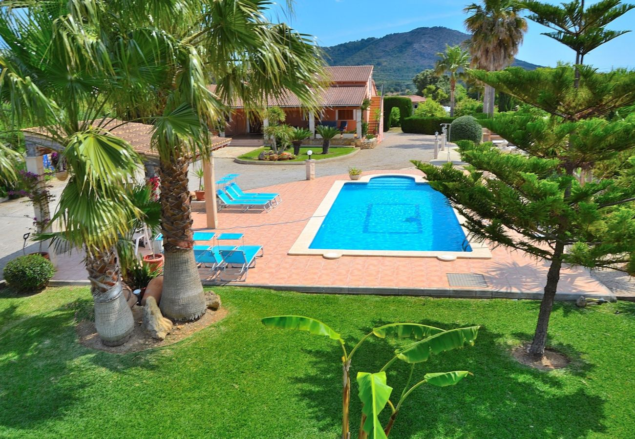 Photo of the pool of the villa in Inca Mallorca
