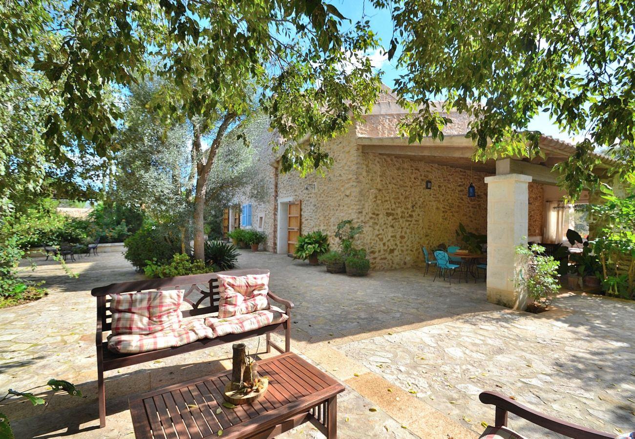 The villa is perfect to enjoy Mediterranean life