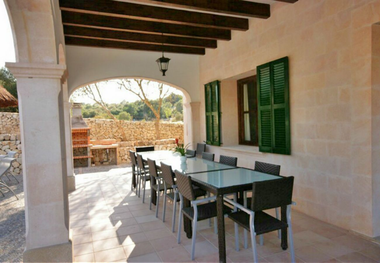 From 100 € per day you can rent your finca in Mallorca from private