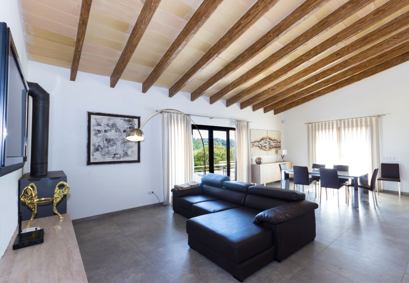 From 100 € per day you can rent your finca in Mallorca