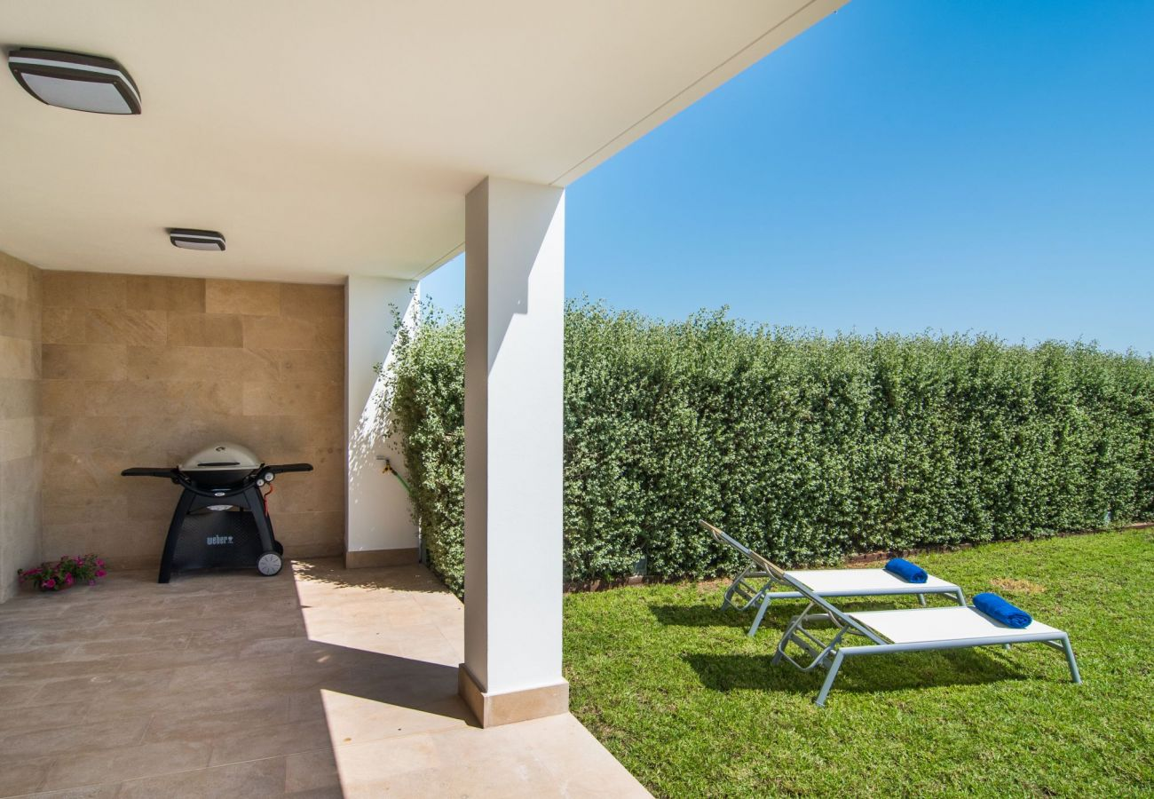 Exterior view of the villa for rent in Playa de Muro