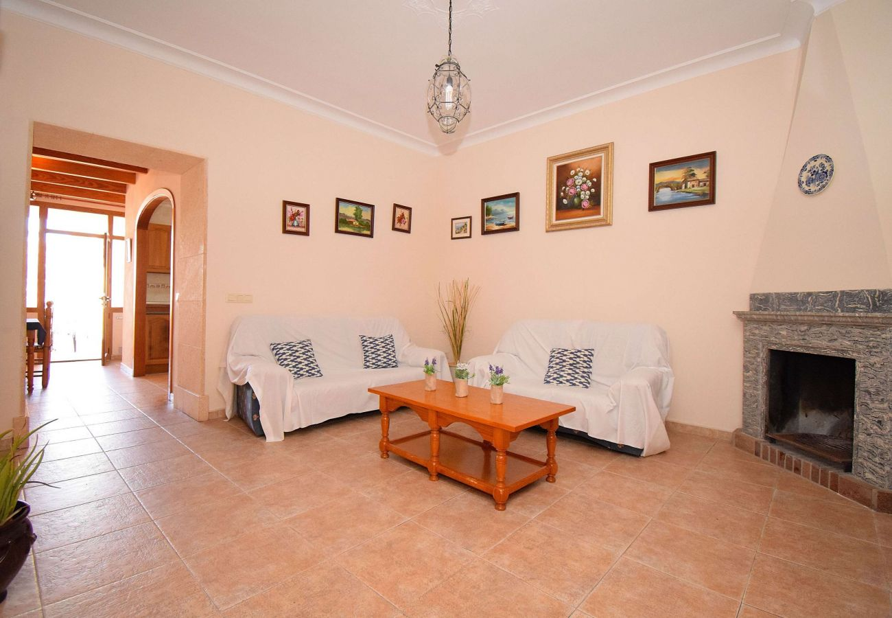 House in Maria de la salut - Sa Raval Típica Casa Mallorquina 082